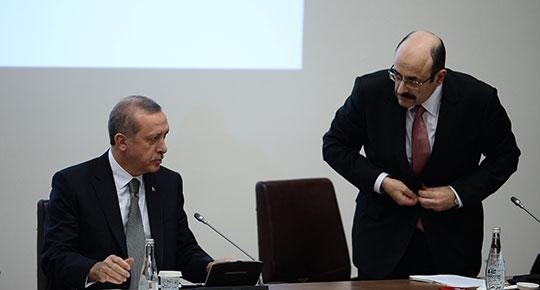 YÖK Başkanı Erdoğan'dan işareti aldı: Zaten rektörler de o yüzden alkışlamıştı