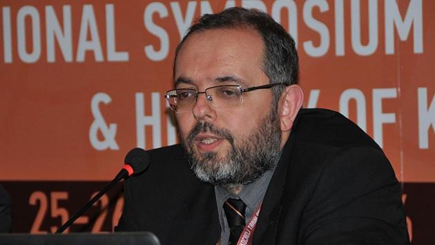 Yandaş tarihçi Afyoncu, Harp Okulları'na rektör oldu!