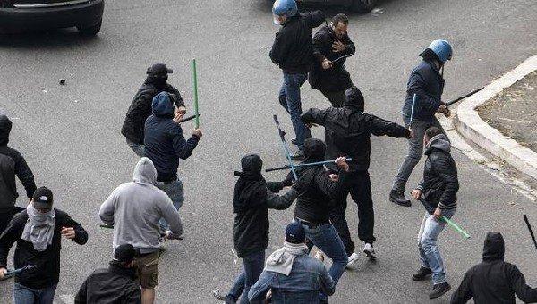 Beşiktaş taraftarlarına Napoli'de saldırı