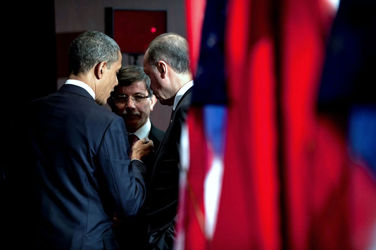 ABD Dışişleri Bakanlığı Erdoğan ve Davutoğlu'nun Obama'ya verdiği hediyeleri açıkladı