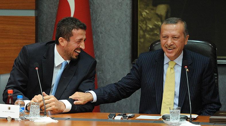 Erdoğan'ın danışmanından adaylık kararı!