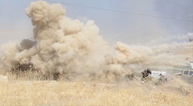 Musul'da intihar saldırısı: 70'ten fazla Irak askeri öldü