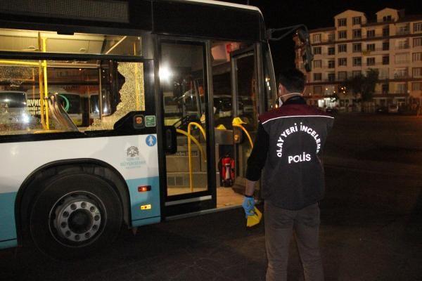 Otobüs şöförüne bıçaklı saldırı