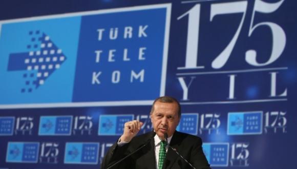 Türk Telekom için çarpıcı iddia: Müşterilerini fişlemek için casus yazılım satın aldı!