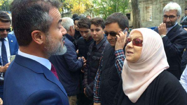 VİDEO | Kemal Unakıtan'ın eşinden eski AKP'li bakana: Belki mezarında para bulursunuz