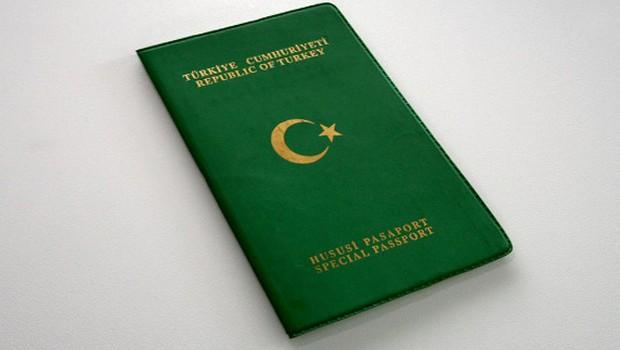 Meclis'te pasaport tartışması