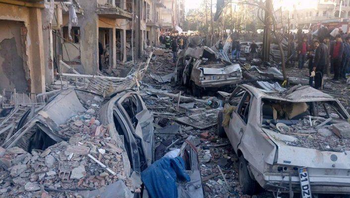 Diyarbakır saldırısında yaralanan iki kişi daha yaşamını yitirdi