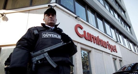 Cumhuriyet gazetesi tutuklamalarına itiraz