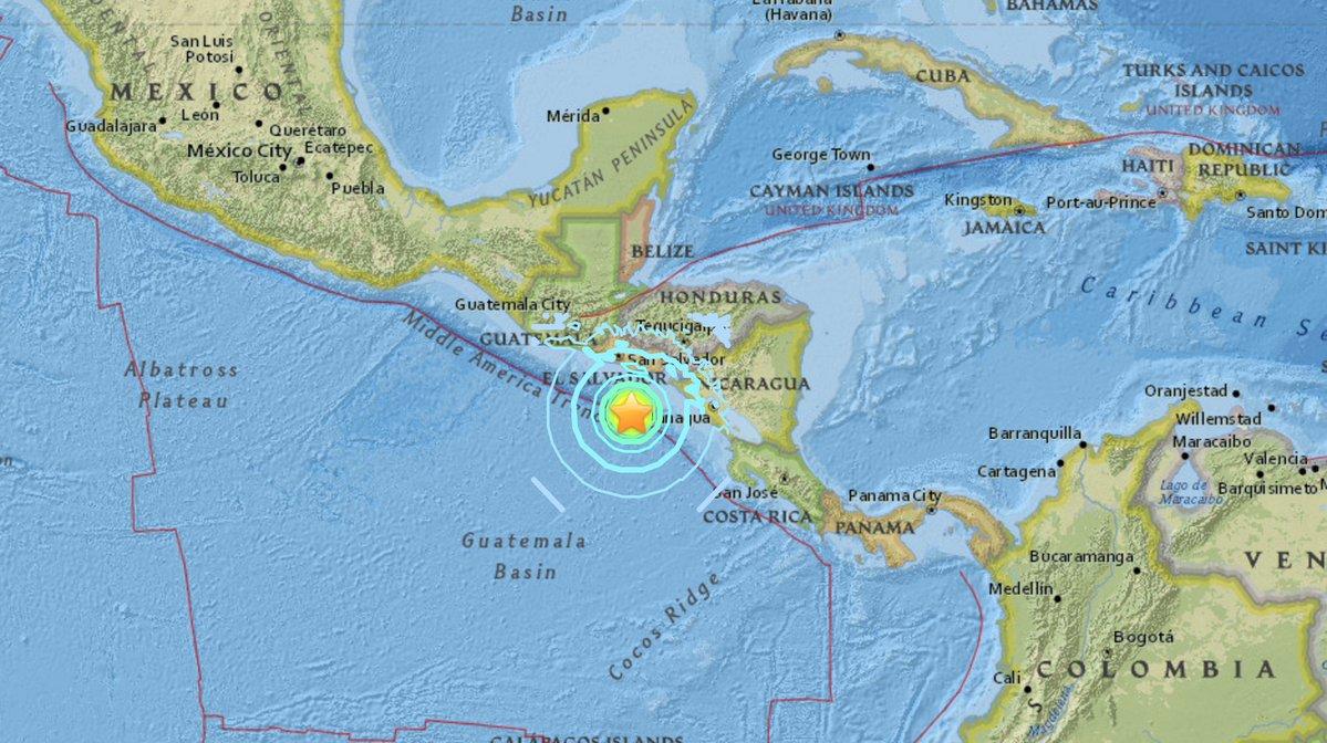 Orta Amerika'da 7.0 şiddetinde deprem: Tsunami alarmı verildi