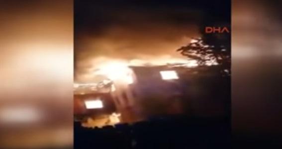 VİDEO | Adana'daki yurt yangını cep telefonu kamerasında