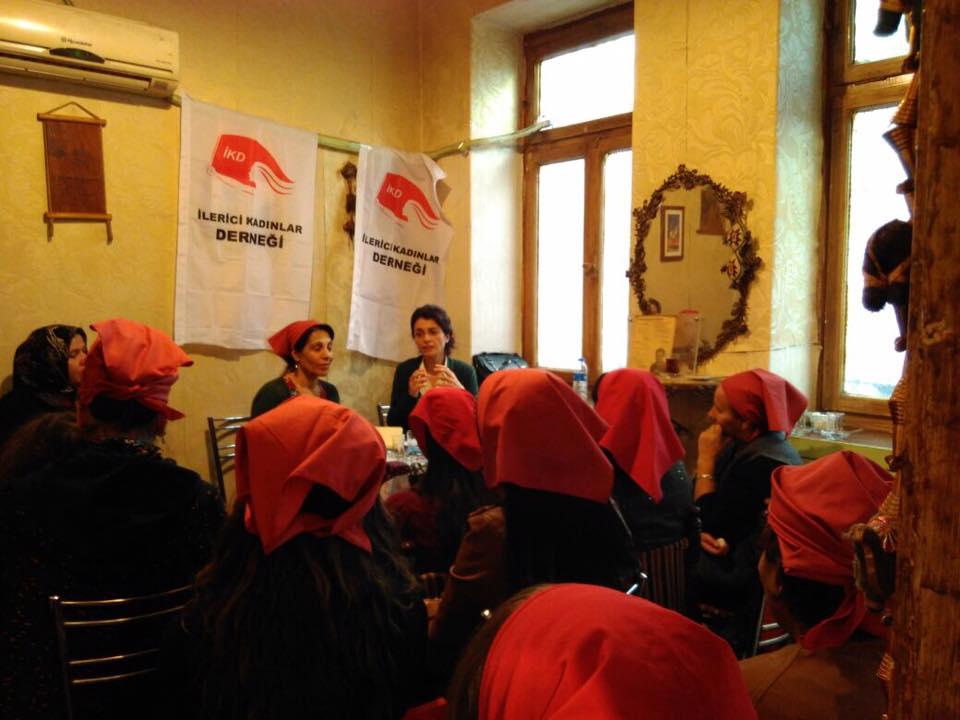 Gaziantepli kadınlardan'25 Kasım Mücadele Günü' mesajları
