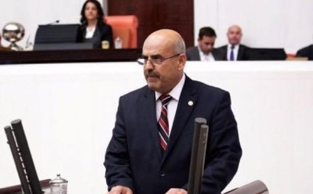 AKP'li vekil yobazlığını konuşturdu: Aynı evde kalan flörtçülere sözünüz yok mu?