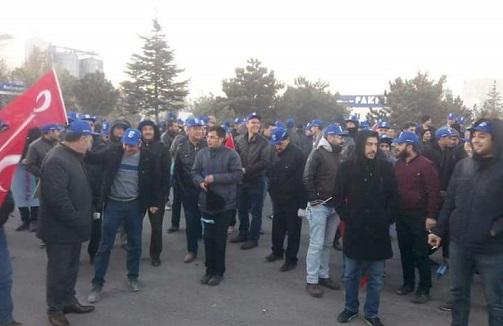 İşçi sınıfı Konya'dan ses verdi: Maaşları ödenmeyen yüzlerce PAKPEN işçisi greve çıktı
