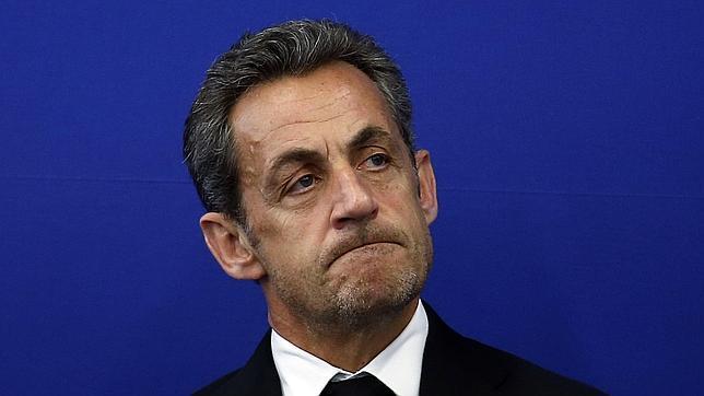 Sarkozy kaybetti