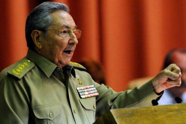 Castro Trump'a seslendi: Önceki 11 ABD başkanı gibi başarısız olursun