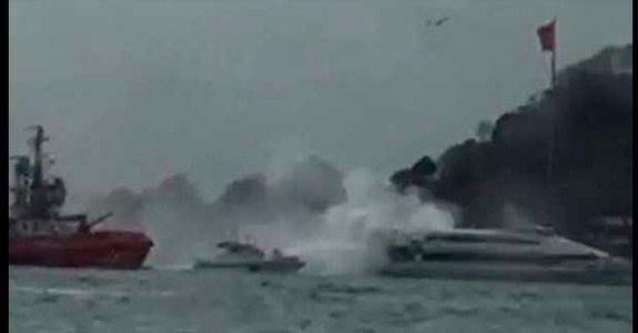 Sarayburnu'nda 135 yolcu taşıyan deniz otobüsünde yangın
