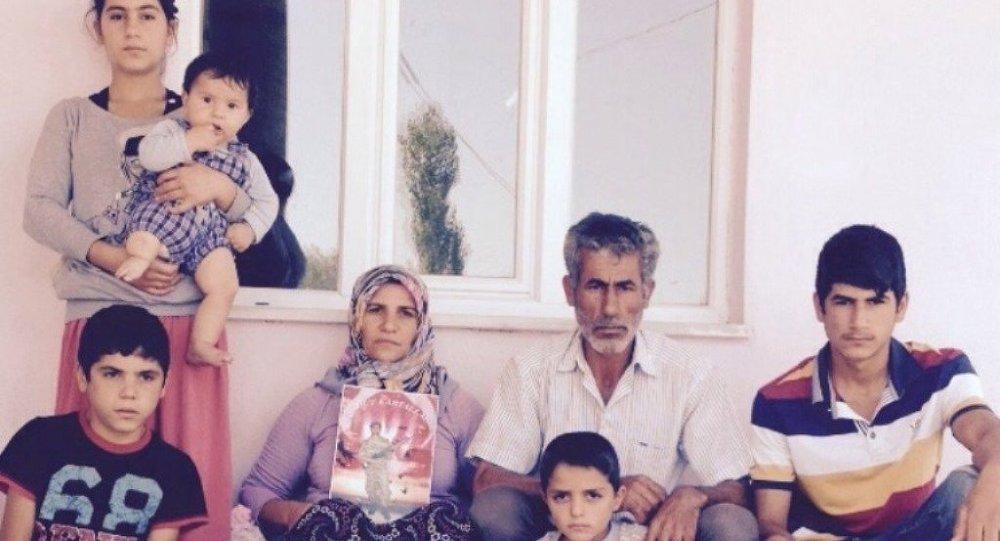 Yakıldığı iddia edilen askerlerden Sefter Taş'ın babası konuştu