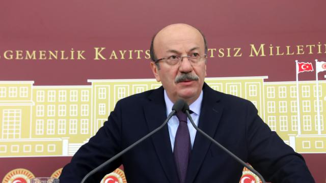 CHP'li vekil rahat: Ne irtica ne Atatürk'e saldırı var...
