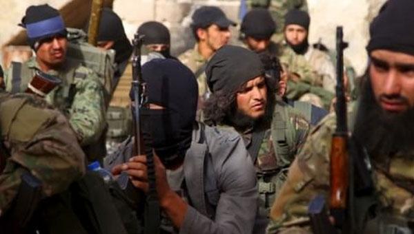 Lavrov: Halep'ten ayrılmayan cihatçıları vuracağız