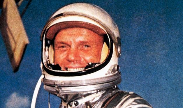 Gagarin'in ardından Dünya'nın yörüngesinde dolaşan ilk ABD'li astronot hayatını kaybetti