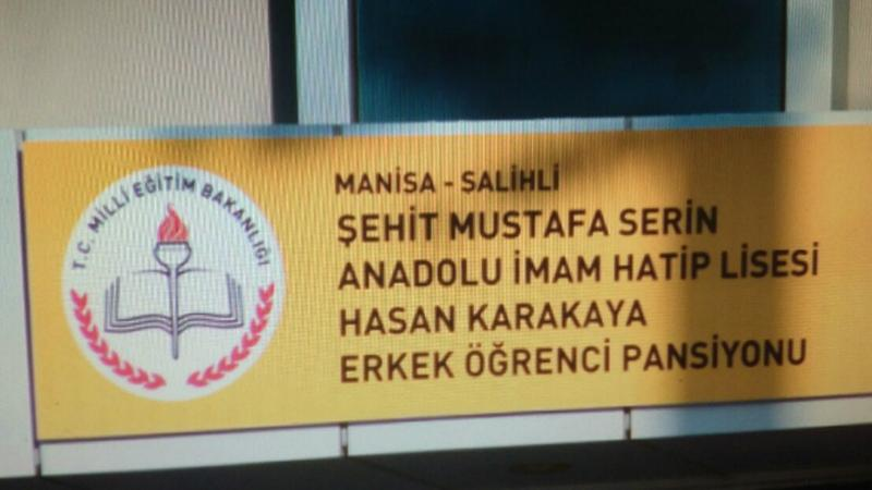 Atatürk'ün adının silindiği tabelaya düşmanının adı geldi