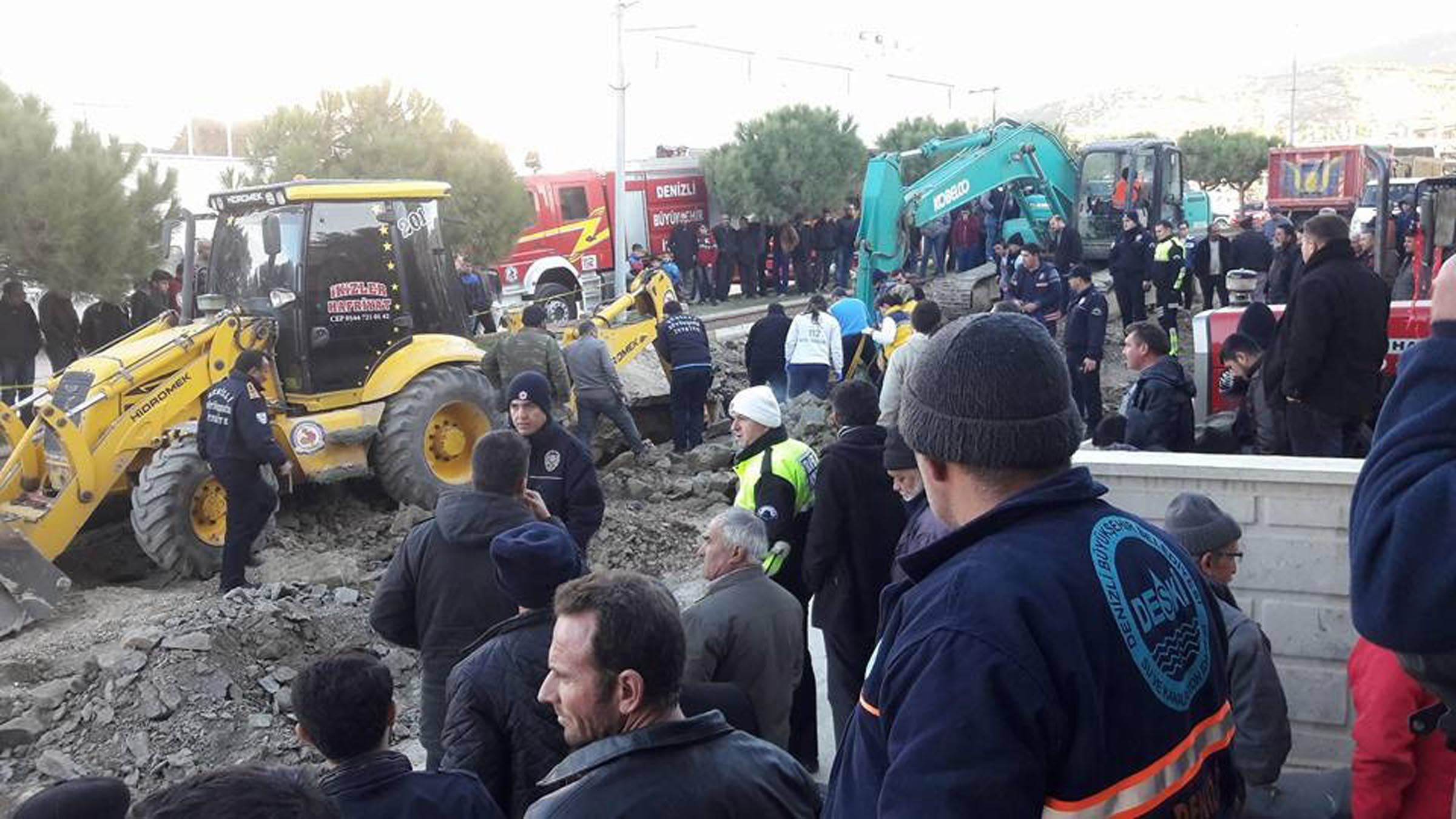 İş cinayeti: 18 yaşındaki taşeron işçi kanalizasyon inşaatında hayatını kaybetti