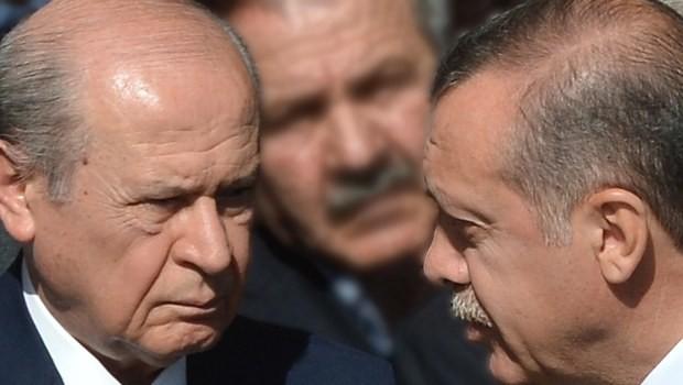 Bahçeli'den AKP'ye güvence: Devlet başkanını mahkeme kapılarında süründürecek değiliz