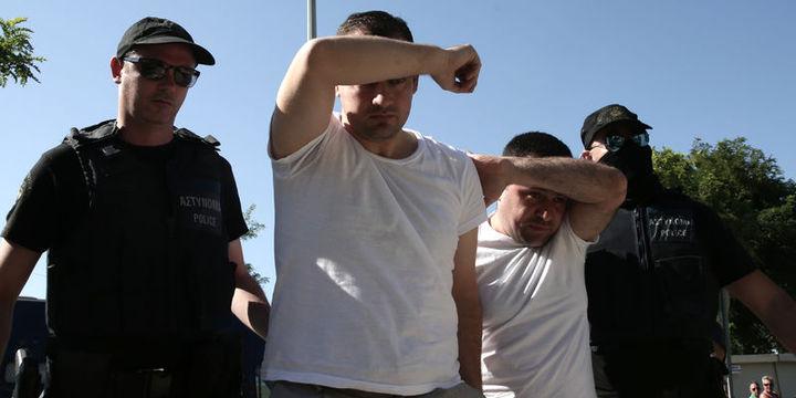 Darbe girişiminde Yunanistan'a kaçan askerlerin iadesi için karar verildi