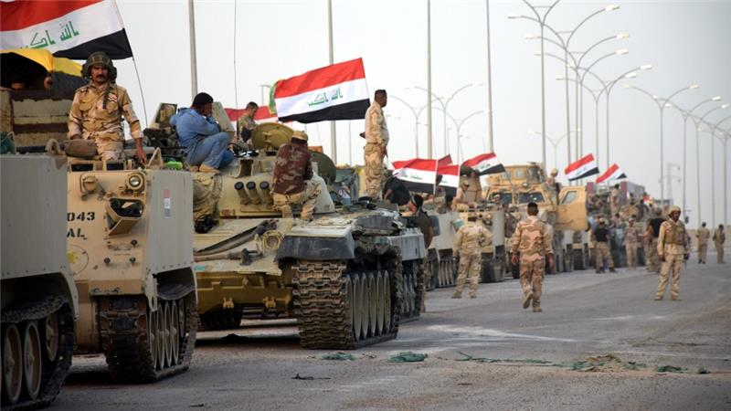 Irak Ordusu Kerkük Valiliği'ne bayrak astı