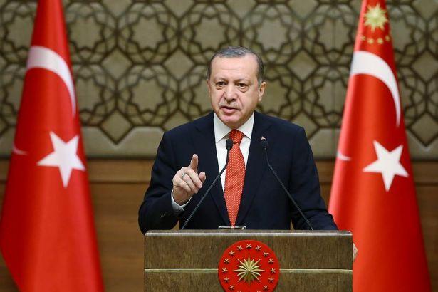 Erdoğan coştu: Silahlı teröristle doları olan terörist arasında fark yok