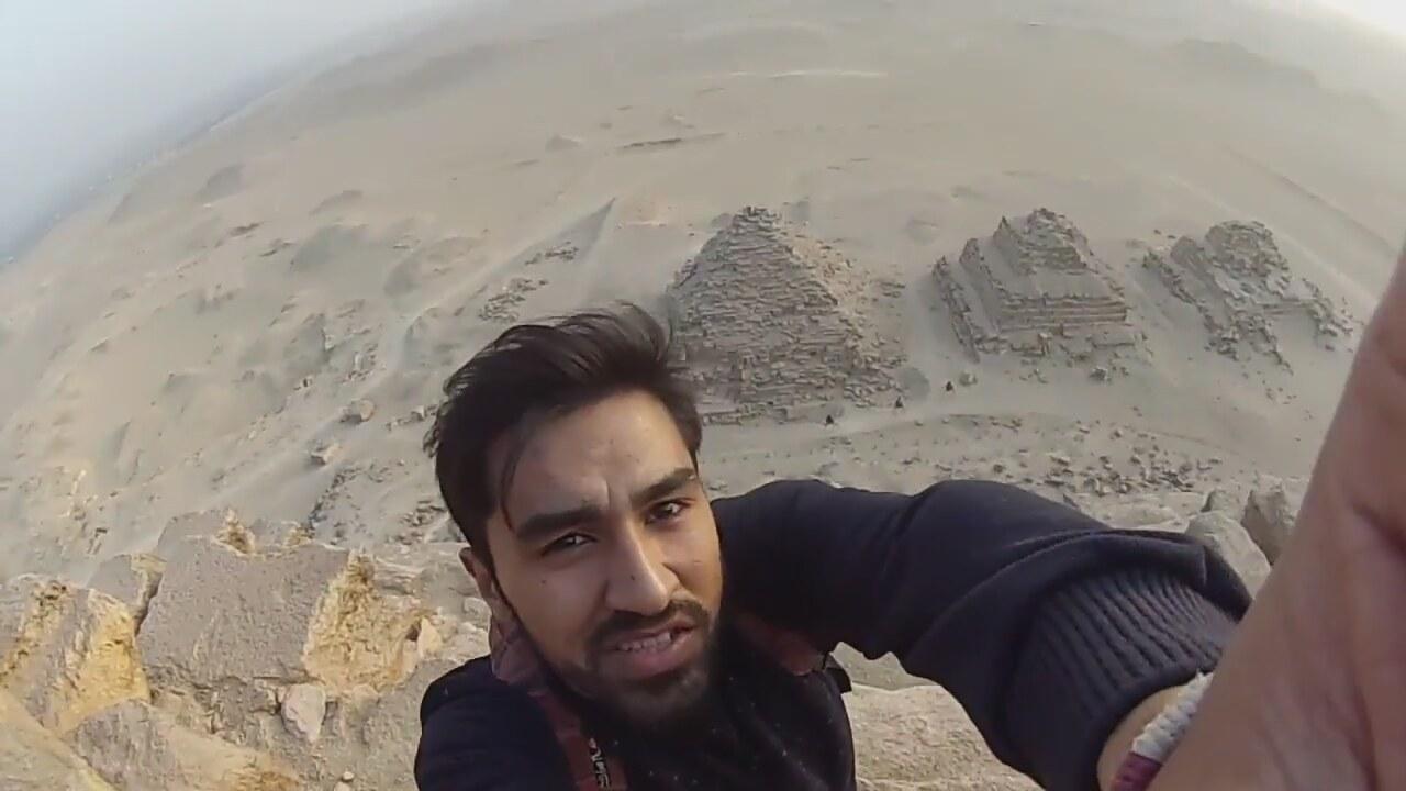 Mısır piramitlerine tırmanan Türk üniversiteli gözaltına alındı:
