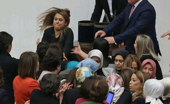 Nazlıaka'dan AKP'li tüm kadın vekiller hakkında suçduyurusu