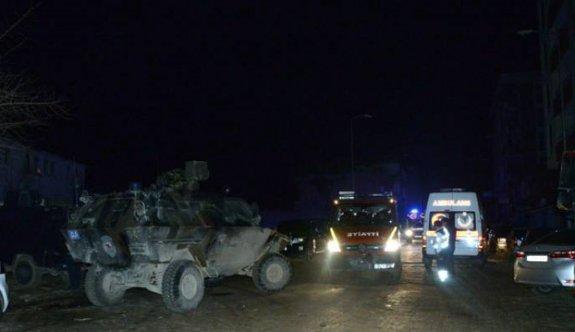 Diyarbakır'da emniyete saldırı: Çatışma çıktı