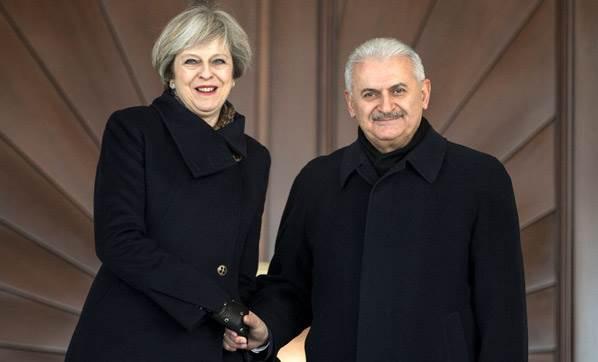 Türkiye ile İngiltere arasında savaş uçağı anlaşması