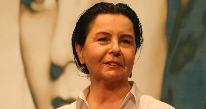 Fatma Girik vefat ettiği iddialarına yanıt verdi: Beni de Zeki Müren'e benzettiler