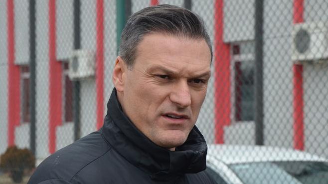Takımı 5-1 yenilen Alpay Özalan, kovulmasını referandum kararına bağladı