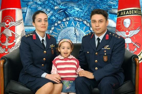Türkiye'nin ilk kadın general adayı gözaltında