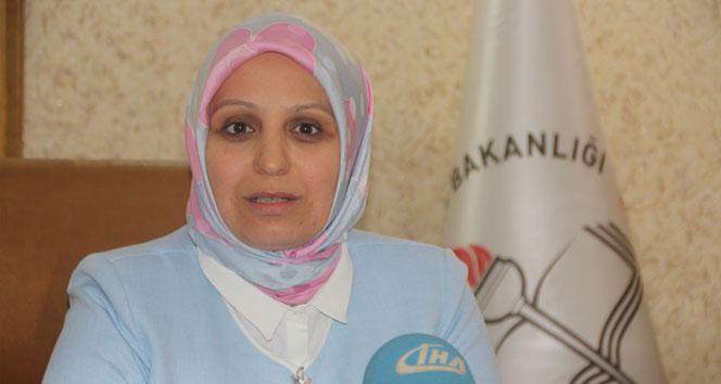 İl Milli Eğitim Müdürü mü, AKP İl Başkanı mı: 'Hayır'cılara Osmanlı tokadını indirelim!