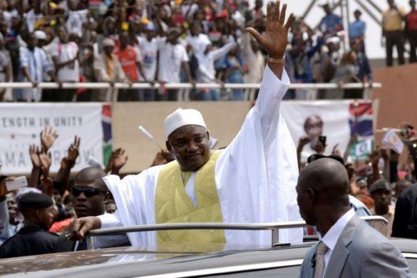 Gambiya'nın yeni devlet başkanı Barrow: Geçmişte yargılanmadan tutuklanan herkes serbest bırakılacak