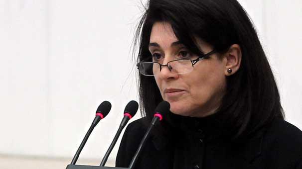 Leyla Zana'nın milletvekilliği AKP ve CHP'nin oylarıyla düşürüldü