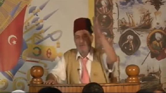 VİDEO | 'Saray tarihçisi' Alevilere kin kustu: Namaz yok oruç yok, sen kimsin ulan!