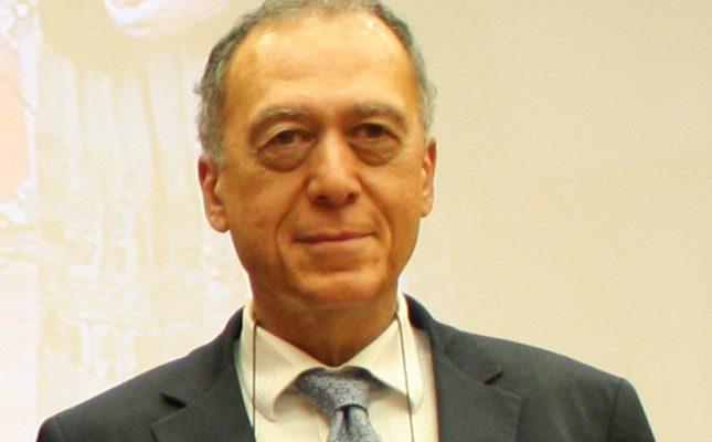 686 sayılı KHK: TTB Eski Başkanı ve Marmara Üniversitesi Genel Cerrahi Profesörü Özdemir Aktan da ihraç edildi