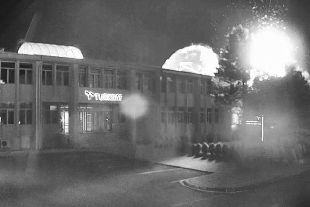 VİDEO | 15 Temmuz'dan yeni görüntüler: İşte TÜRKSAT'ın bombalanma anları...