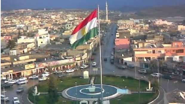 Kerkük Valiliği'nden kamu kurumlarında Kürtçe kararı
