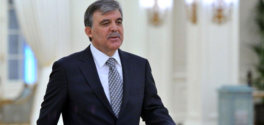 Ahmet Hakan: Abdullah Gül aktif bekleyişe geçti