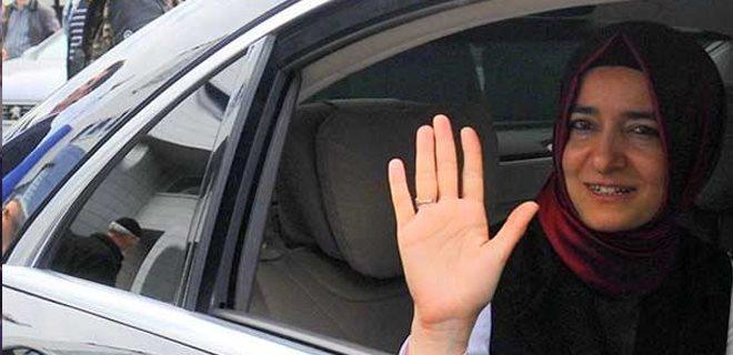 Aile Bakanı Kaya 'mecburi hizmet' kaçağı çıktı!