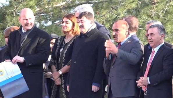 VİDEO | AKP'li başkan, İçişleri Bakanı Soylu'yu böyle takdim etti: Bölgemizdeki kaosun, terörün mimarı...