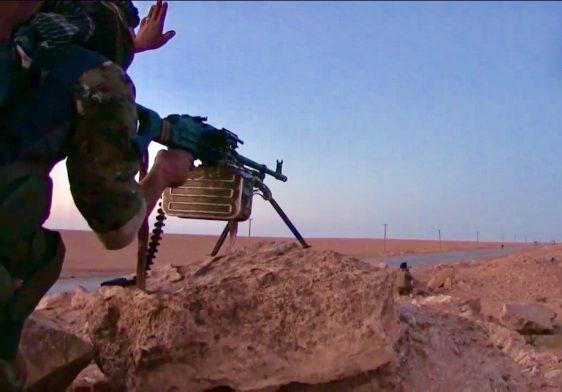 Suriye Demokratik Güçleri Tabka Askeri Havaalanı'nda