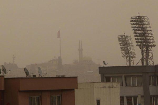 Gaziantep'i toz bulutu kapladı