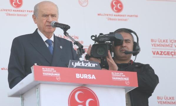 Bahçeli: 'Hayır' çıkarsa Türkiye yeni darbelere gebe
